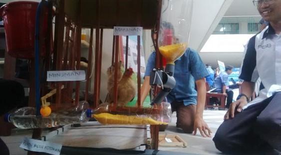Aplikasi untuk Peternak Ayam Karya Pelajar Surabaya