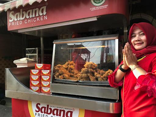 Cara Daftar Franchise Sabana Fried Chicken, Merek Lokal yang Lagi Hits
